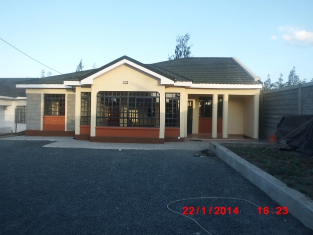 Stylish latest bungalow roofs in kenya modern house flat for Flat roof bungalow designs
