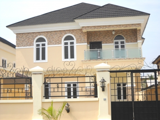 Awesome Own Beautiful Houses In Nigeria Village Lagos Islandlekki Beautiful Nigerian Houses Pictures