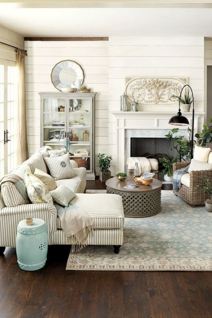 Outstanding 27 Rustic Farmhouse Living Room Decor Ideas For Your Home Homelovr Rustic Living Room Designs Pic