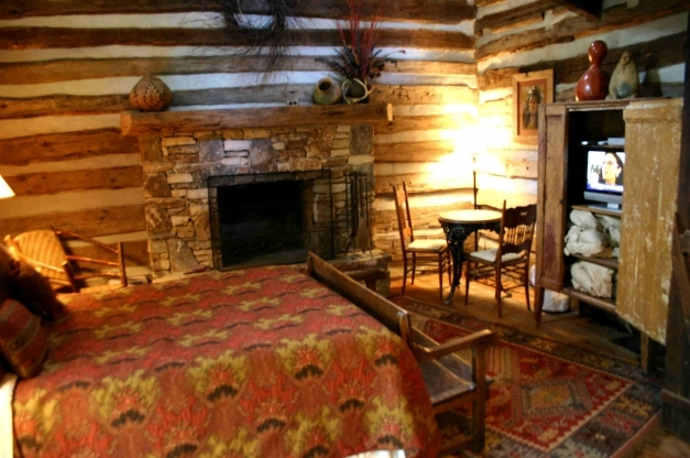 Fantastic Pretty Log Cabin Bedrooms 72 Additionally Home Interior Idea With Inside Of Log Cabin Pictures