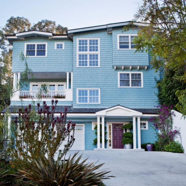 Gorgeous 28 Inviting Home Exterior Color Ideas Hgtv Home Color Outside Image