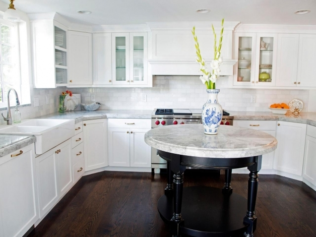 Inspiring Kitchen Cabinet Design Pictures Ideas Tips From Hgtv Hgtv White Craftsman Style Cabinets Photo