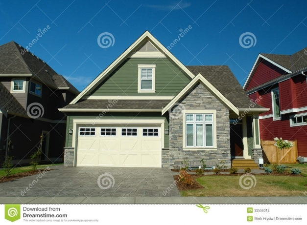 Outstanding House Stock Photography Image 32556312 Green Siding Houses Images