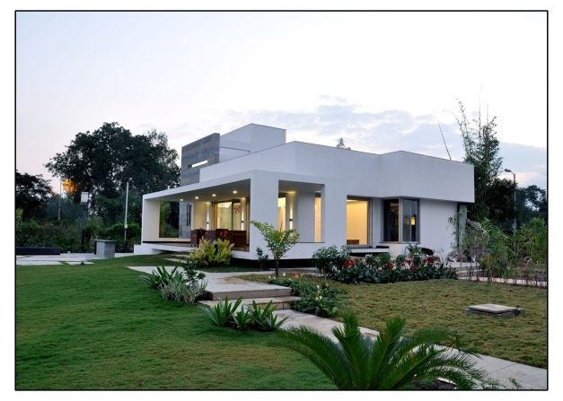 Stylish Best Small Ranch House Plans With Basement Design Farmhouse De Small Farmhouse Design Photos