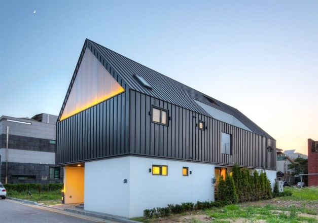 Best Modern House With Pitched Roof Modern House Modern Architecture Pitched Roof Images