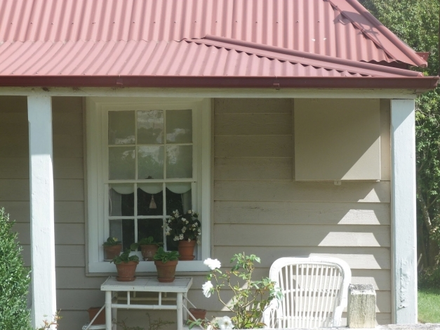 Best Tile Roof Colours 64 With Tile Roof Colours Sesli Zero Exterior Wall Colours That Match With A Tile Red Roof Pictures