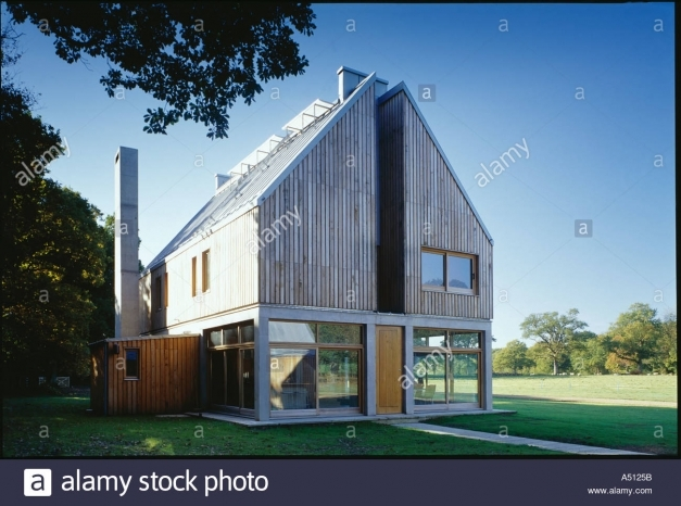 Gorgeous The Lodge Whithurst Park Exterior Modern Rural House With Pitched Modern Architecture Pitched Roof Photo