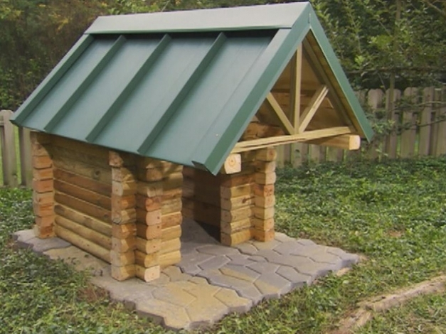 Remarkable How To Build A Log Cabin Doghouse How Tos Diy Log Cabin Build Photos