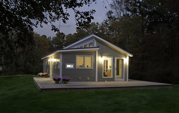 Stunning Blu Homes Prefab Home Manufacturer Comes Canada Bec Green Kelsey Small Prefab Homes Pic