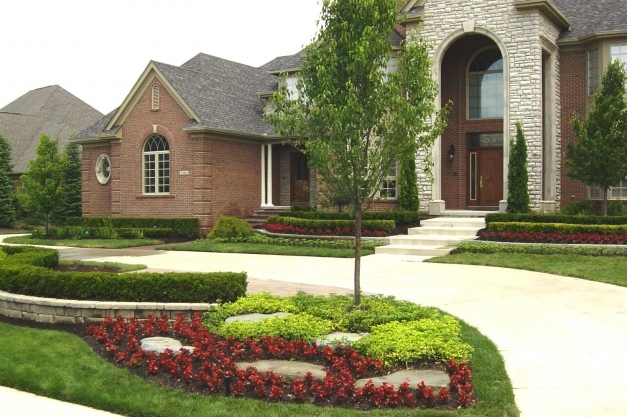 Stunning Garden Ideas Front House Diy Landscaping On X Yard And Design Front Yard Decorating Ideas Images