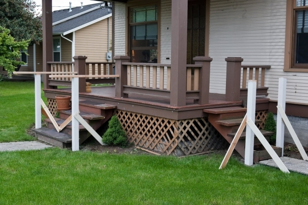 Fascinating Exterior Incredible Image Of Front Porch Decoration Using Lattice Painted Front Porches Images