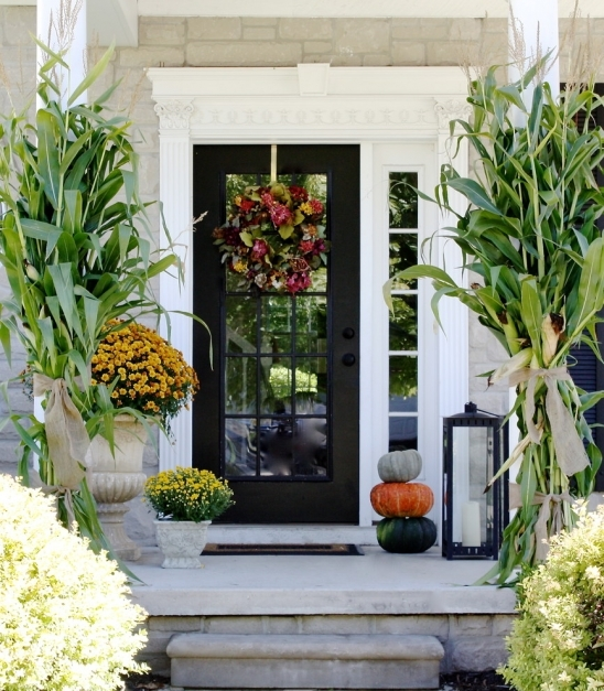 Outstanding 85 Pretty Autumn Porch Dcor Ideas Digsdigs Small Front Porch Decorating Ideas Image