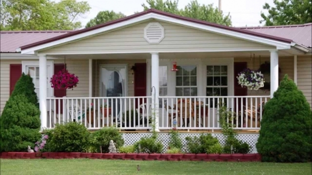 Stylish Audio Program Affordable Porches For Mobile Homes Youtube Mobile Home Porch Ideas Pictures